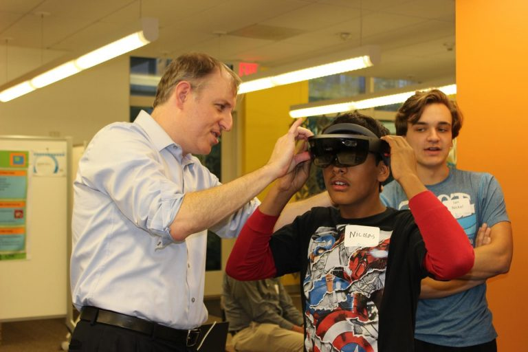 brian-moynihan-student-augmented-reality
